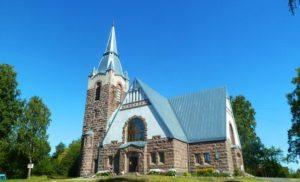 Кирха в Мельниково, где находится база отдыха Заветное с лучшей природой в Приозерском районе Ленинградской области